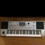 Продам синтезатор Korg PA-80