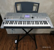 Продам синтезатор Yamaha PSR-S550E